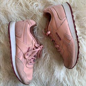 Reebok Classic Leather Chalk Pinkwhite Size US8